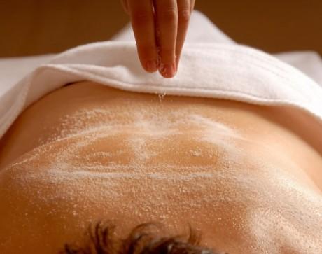 Sugar-Scrub-Body-Treatment-Viva-Day-Spa